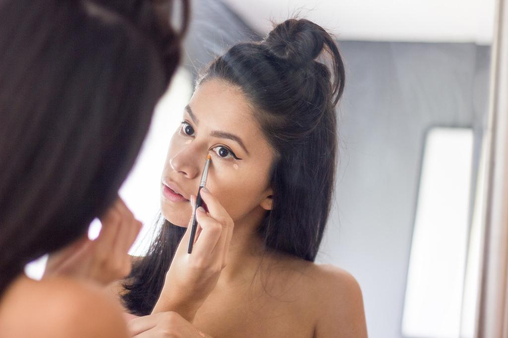 Miami beauty blogger, Ulta Beauty, Amazing Cosmetics amazing concealer, Benefit Cosmetics erase paste concealer
